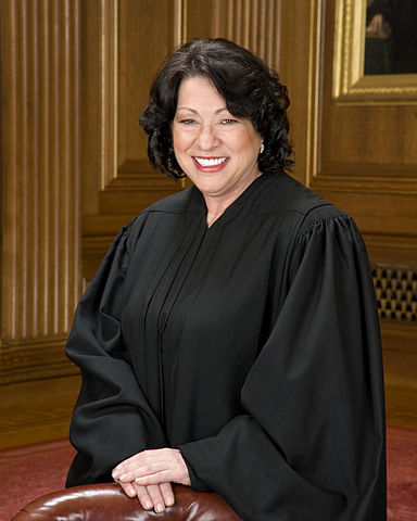 384px-Sonia_Sotomayor_in_SCOTUS_robe
